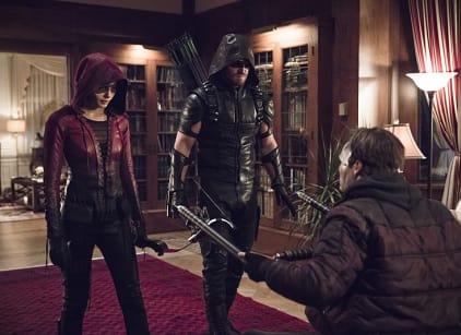 Watch Arrow Season 4 Episode 10 Online