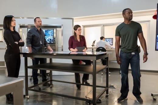 The Team Gathers - Blindspot Season 3 Episode 3