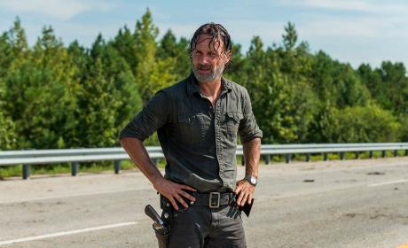 Rick takes a break - The Walking Dead Season 7 Episode 9
