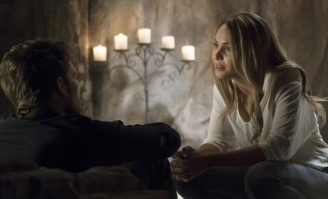 It's Cami! - The Originals Season 4 Episode 2
