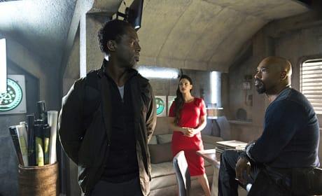 Alie, Jaha, and Pike Convene - The 100 Season 3 Episode 5