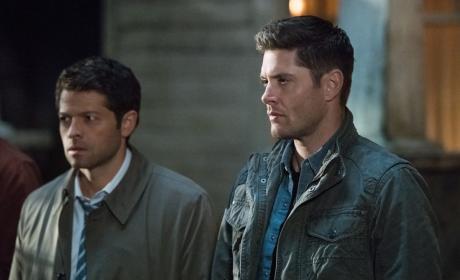 Dean refuses to leave - Supernatural Season 12 Episode 23