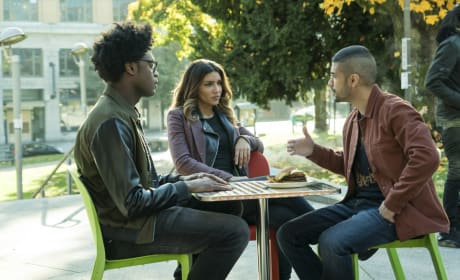 Broken Newbies - Arrow Season 6 Episode 9