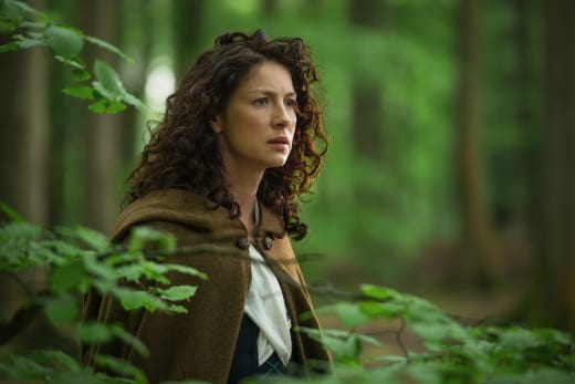 Claire sees the Craigh na Dun stones - Outlander Season 1 Episode 8