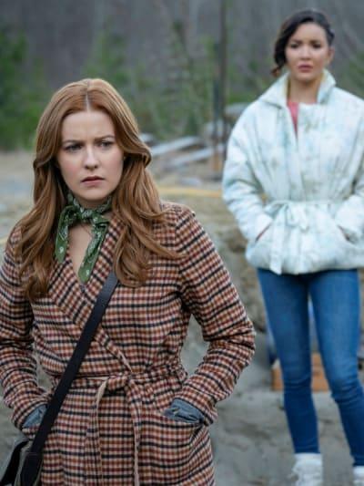 Nancy and Bess - Nancy Drew Season 2 Episode 11