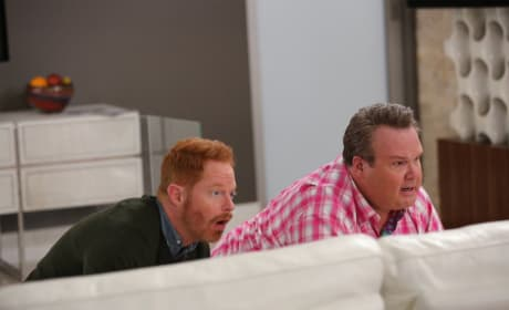 Hiding From Phil - Modern Family