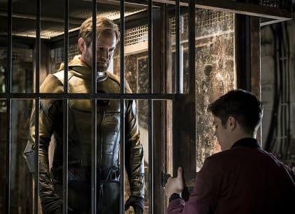 Watch The Flash Season 3 Episode 1 Online