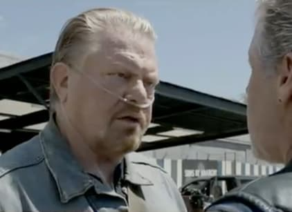 Watch Sons of Anarchy Season 4 Episode 8 Online