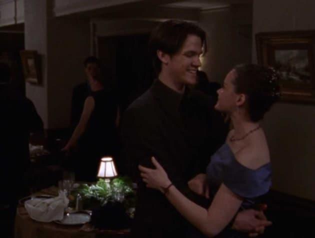 Gilmore Girls Season 1 Episode 9: \