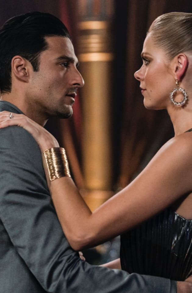 A Dance Before Lying - Roswell, New Mexico Season 1 Episode 11
