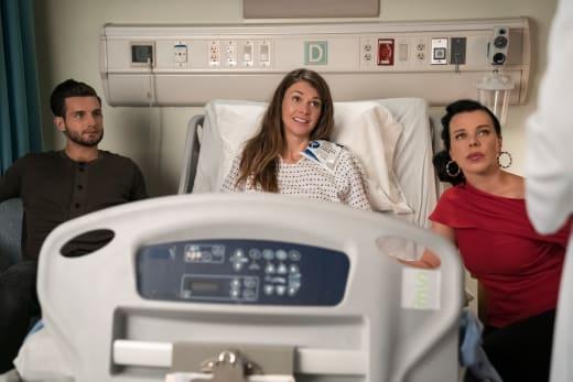 Hospital - Younger Season 3 Episode 8