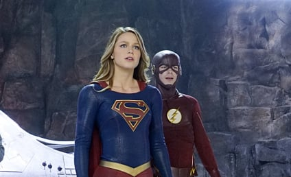 Supergirl Photos: The Flash Has Arrived!