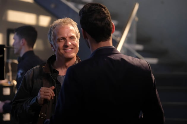 Congenial Guy - Lucifer Season 3 Episode 7