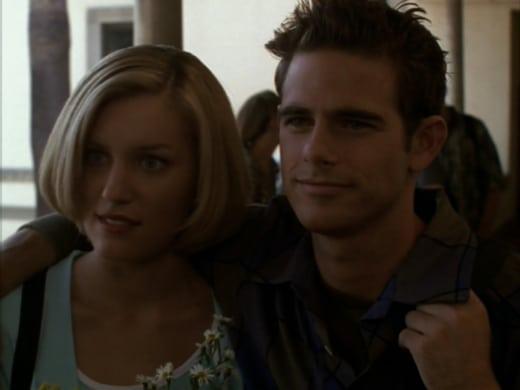 Happy Couple - Buffy the Vampire Slayer Season 3 Episode 4