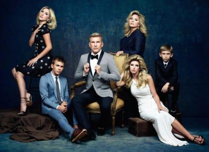 Watch Chrisley Knows Best Season 2 Episode 1 Online
