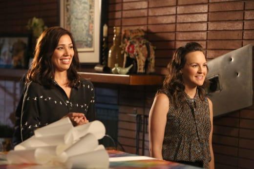 Angela and Daisy - Bones Season 12 Episode 2