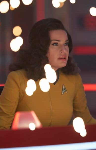 Number One Under Fire - Star Trek: Discovery Season 2 Episode 14
