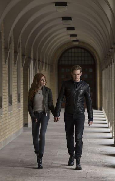 Secret Keeping - Shadowhunters Season 3 Episode 14 - TV Fanatic