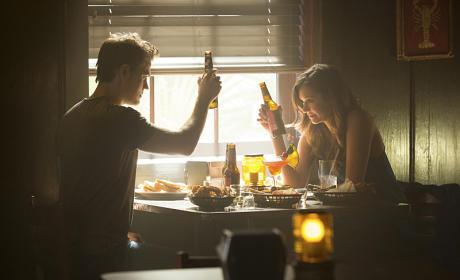 Here's to Us! - The Vampire Diaries Season 6 Episode 4