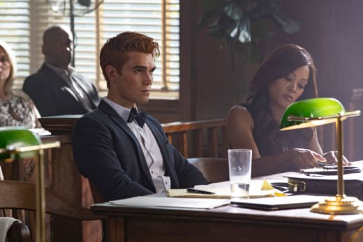 Not Going to Plan - Riverdale Season 3 Episode 1