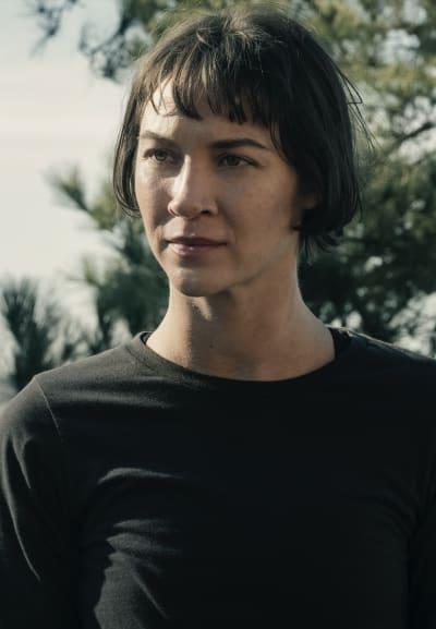 Isabelle Arrives - Fear the Walking Dead Season 5 Episode 5