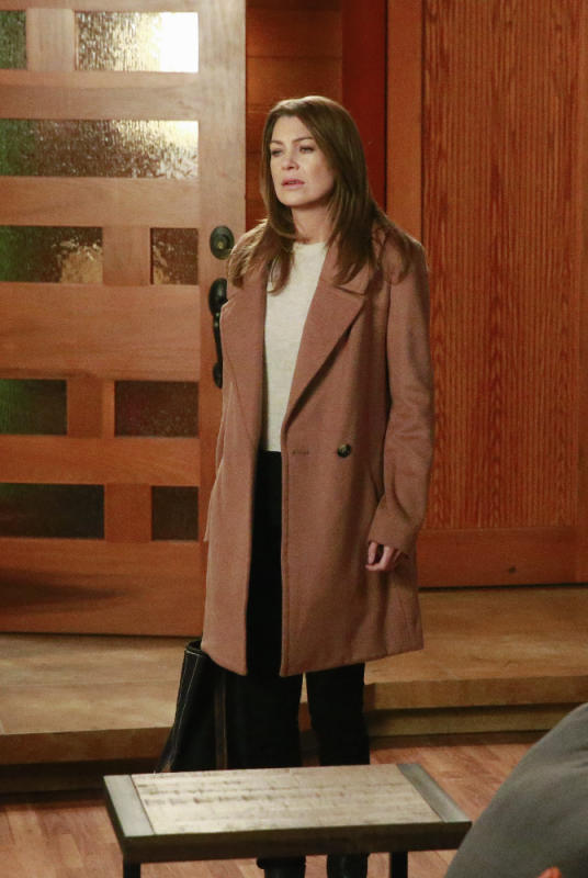 "Grey's Anatomy Photos from ""She's Leaving Here"" - Page 2 ..."