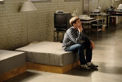 David Pondering- American Crime Story: Versace Season 1 Episode 4
