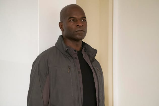 Dembe wants to do the puzzle, too - The Blacklist Season 4 Episode 10