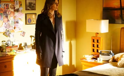 Castle Photo Gallery:  Where's Richard Castle?