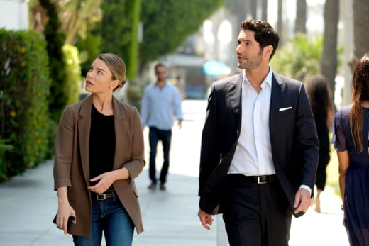 Look at That - Lucifer Season 3 Episode 1