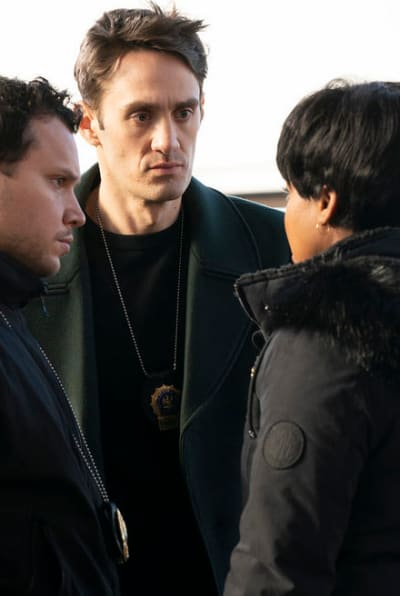 A Major Lead/Tall - Law & Order: Organized Crime Season 1 Episode 3
