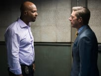 Yes, He's Crazy - Lethal Weapon Season 1 Episode 6
