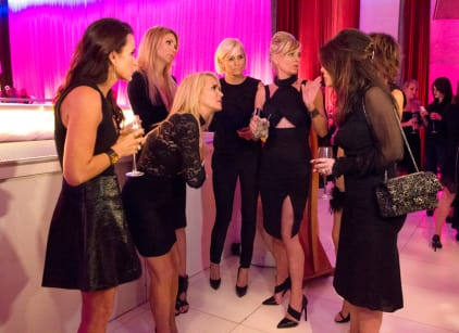 Watch The Real Housewives of Beverly Hills Season 5 Episode 19 Online