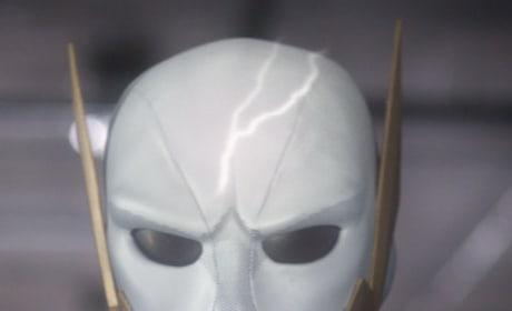 A New Speedster Face - The Flash Season 5 Episode 18