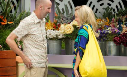 Cougar Town Review: Balcony Can and Gold Diggery