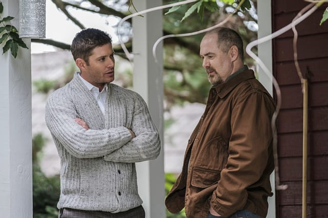 Dean goes in for a one-on-one talk - Supernatural Season 12 Episode 4