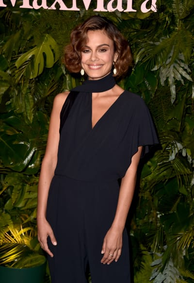 Nathalie Kelley Attends Event