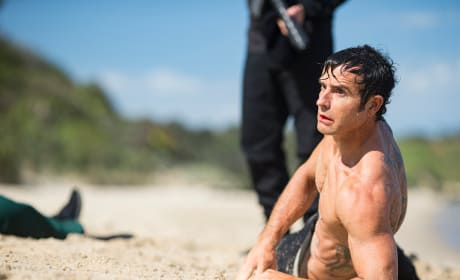 On the Beach - The Leftovers Season 3 Episode 7