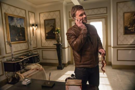 Lucifer makes a phone call - Supernatural Season 12 Episode 23