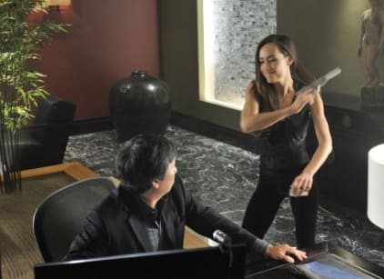 Watch Nikita Season 1 Episode 4 Online