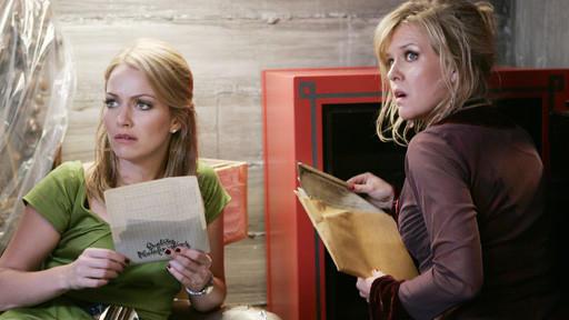 Christina and Amanda Find Something!