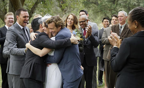 A Hug From Cho - The Mentalist Season 7 Episode 13