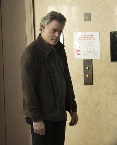 Wozniak Goes All In - Shades of Blue Season 2 Episode 2