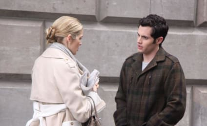 Penn Badgley, Kelly Rutherford on the Set
