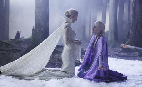 Does Elsa Need Help - Once Upon a Time Season 4 Episode 5