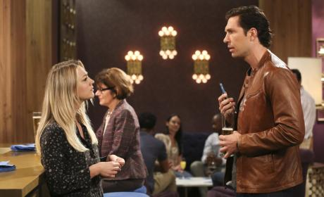 Penny Runs into Her Ex - The Big Bang Theory