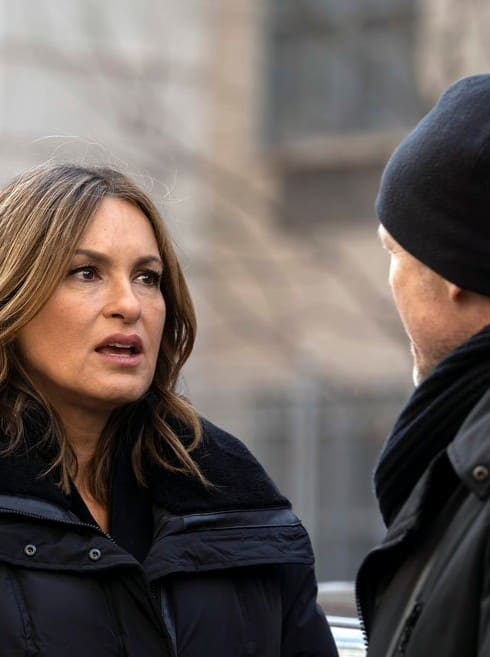 law order svu renewed  record breaking season  tv fanatic