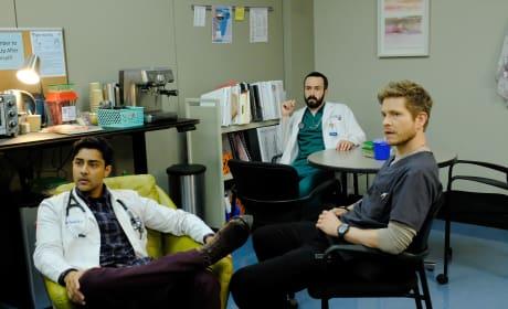 Break for the Bros - The Resident Season 1 Episode 5