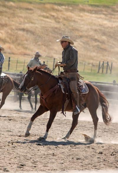 John Wrangling - Yellowstone Season 2 Episode 1