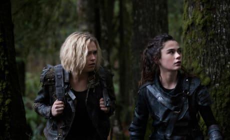 Clarke and Madi's Big Escape - The 100